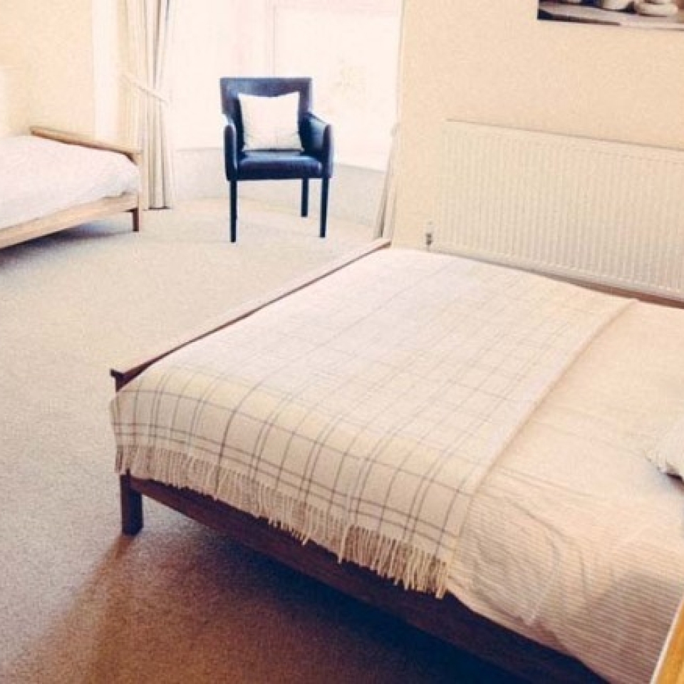 Double and single ensuite bedroom at The Caledon Guest House, bed and breakfast, Cowes, Isle of Wight