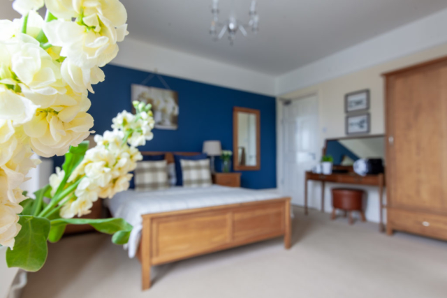 Triple Ensuite Room at The Caledon Guest House, Cowes, Isle of Wight
